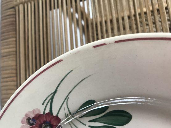 Assiette plate du modèle AIGUEPERSE en faïence de Sarreguemines (à l'unité)