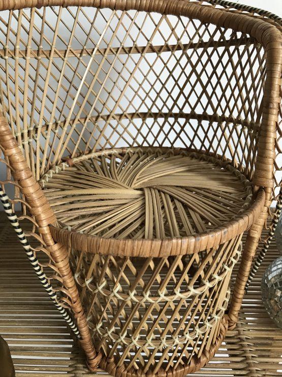 Mini fauteuil Emmanuelle en Buri vintage