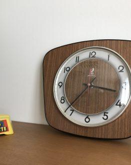 Horloge Jaz en formica