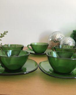 Set de 5 tasses et sous-tasse vertes en verre VERECO