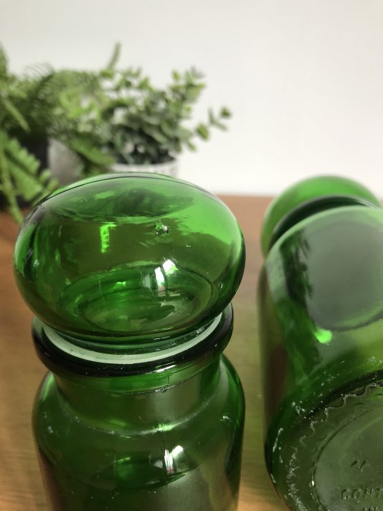 DUO GRAND ET PETIT BOCAL ROND VERT STYLE APOTHICAIRE MADE IN BELGIUM