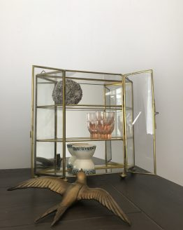 Mini vitrine étagère murale en verre, miroir et laiton