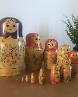 MATRIOCHKA POUPÉE RUSSE ROUGE ANCIENNE MADE IN USSR (12 POUPÉES)