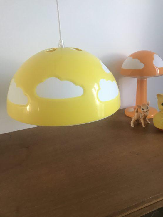 SUSPENSION NUAGES SKOJIG JAUNE par IKEA